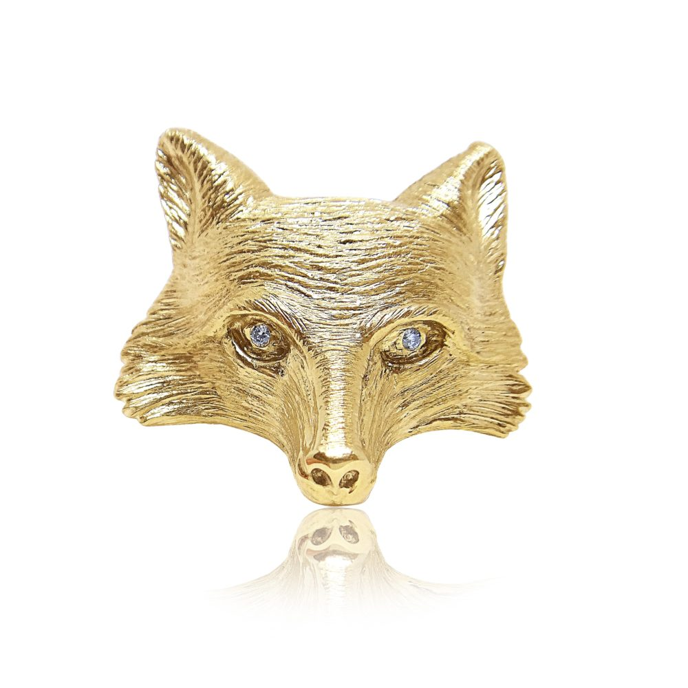 Unique Jewelry Gold Pin Design in Miami Florida
